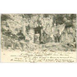 carte postale ancienne 76 DIEPPE. Habitation de Pêcheurs dans la Falaise 1903. Métiers de la Mer