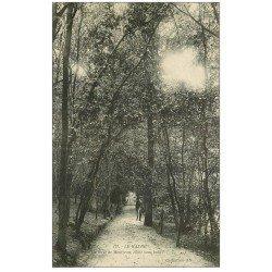 carte postale ancienne 76 LE HAVRE. Allée Forêt de Montjeon animation