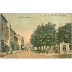 carte postale ancienne 01 THOISSEY. Place du Collège 1909. Carte toilée