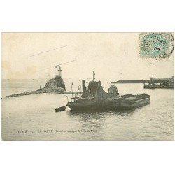 carte postale ancienne 76 LE HAVRE. Bateau désensableur et vestiges de la Jetée 1906