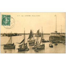 carte postale ancienne 76 LE HAVRE. Bateaux de Pêche 1909