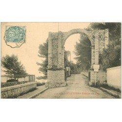 carte postale ancienne 06 CAP MARTIN. Entrée du Cap vers 1905...
