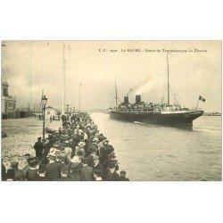 carte postale ancienne 76 LE HAVRE. Entrée du Transatlantique La Touraine 1910