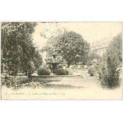 carte postale ancienne 76 LE HAVRE. Hôtel de Ville et Jardin 1905