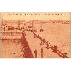 carte postale ancienne 76 LE HAVRE. Jetée et Avant-Port