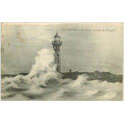 carte postale ancienne 76 LE HAVRE. Jetée et Phare 1916