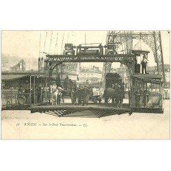 carte postale ancienne 76 ROUEN. Attelage sur le Pont Transbordeur 1904