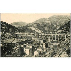 carte postale ancienne 06 ESCARENE. Le Village et Viaduc. Bords dentelés
