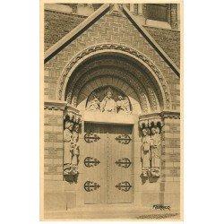 carte postale ancienne 76 LE TREPORT-EU-MERS. Porche Eglise et 4 Evangélistes