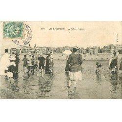 carte postale ancienne 76 LE TREPORT. A marée basse. Coupure 2mm