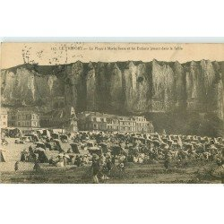 carte postale ancienne 76 LE TREPORT. Enfants jouant dans le sable 1914