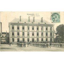 carte postale ancienne 76 ELBEUF. Caserne et Militaires 1906