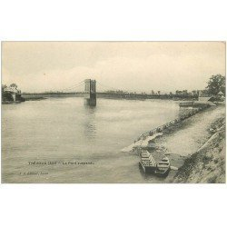 carte postale ancienne 01 TREVOUX. Le Pont suspendu sur la Saône. Editeur JA