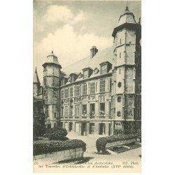 carte postale ancienne 76 ROUEN. Archevêché Tourelles Estouteville et Amboise animation aux fenêtres