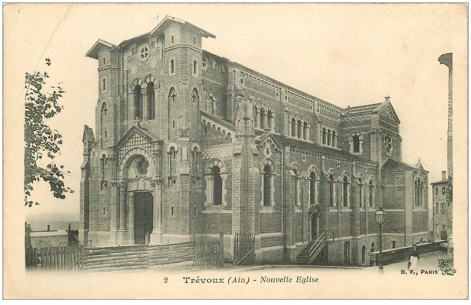 carte postale ancienne 01 TREVOUX. Nouvelle Eglise