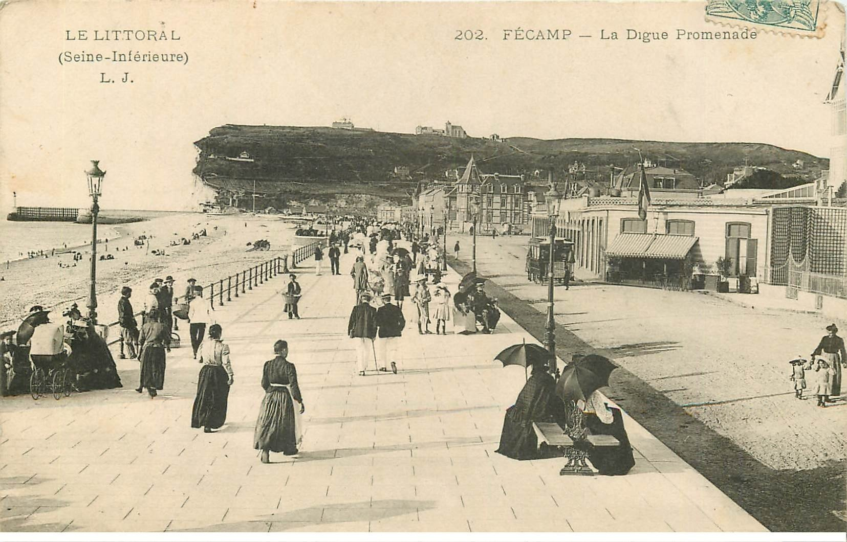 carte postale ancienne 76 FECAMP. La Digue Promenade 1904