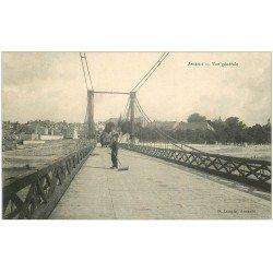 carte postale ancienne 44 ANCENIS. Balayeur Ramasseur de crotin sur le Pont