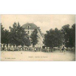 carte postale ancienne 44 ANCENIS. Les Casernes avec Militaires 1907