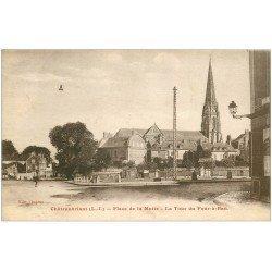 carte postale ancienne 44 CHATEAUBRIANT. Tour du Four-à-Ban Place de la Motte