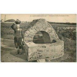 carte postale ancienne 44 GUERANDE. Fontaine Gallo-Romaine 1936