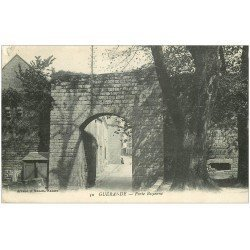 carte postale ancienne 44 GUERANDE. Porte Bizienne 1912