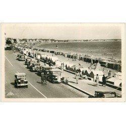 carte postale ancienne 44 LA BAULE. Plage voitures anciennes 1949