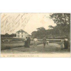 carte postale ancienne 44 LE CROISIC. Promenade Mont-Esprit 1906