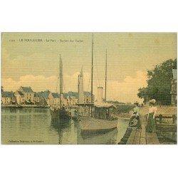 carte postale ancienne 44 LE POULIGUEN. Le Port station des Yachts. Superbe carte toilée