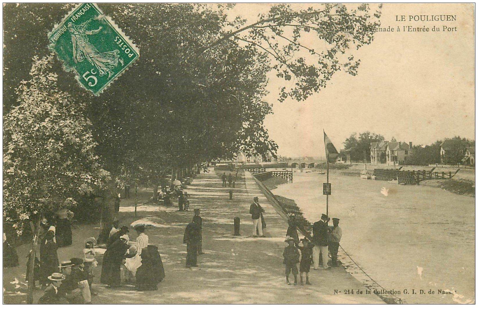 carte postale ancienne 44 LE POULIGUEN. Promenade Entrée du Port 1907
