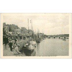 carte postale ancienne 44 LE POULIGUEN. Quai Sandeau et Port. Pêcheurs à la ligne