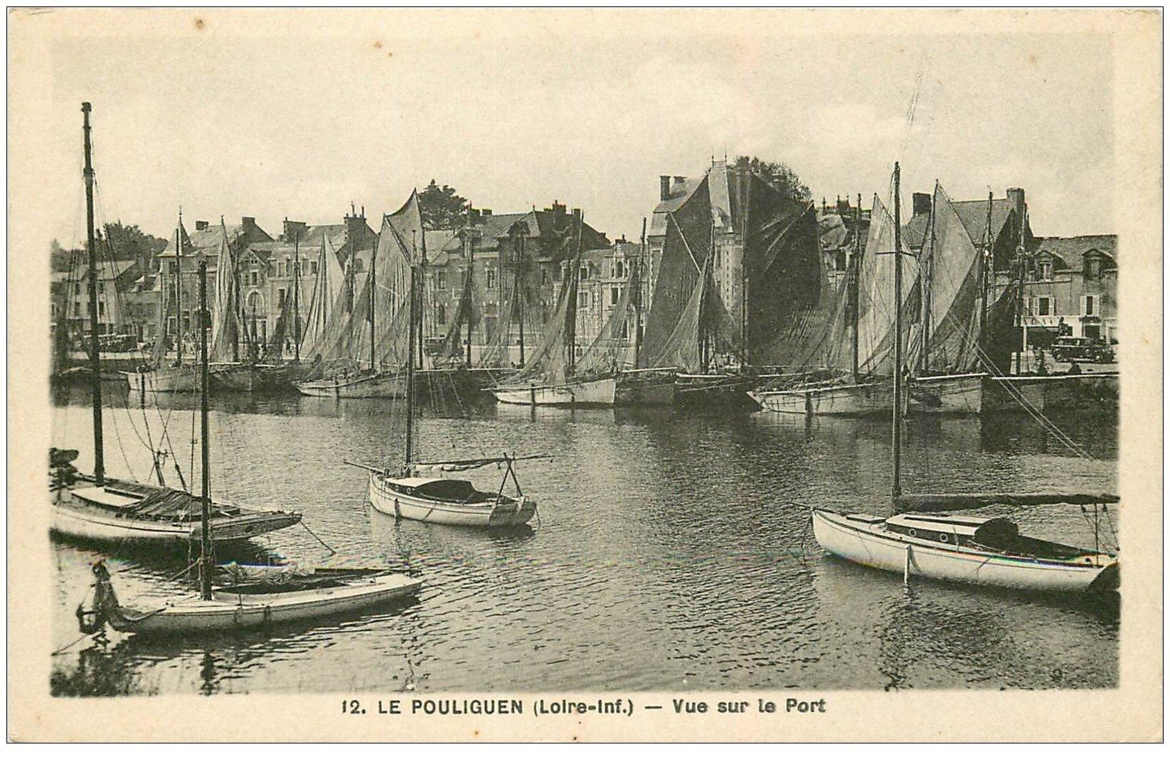 carte postale ancienne 44 LE POULIGUEN. Vue sur le Port avec Bateaux de pêche 1938