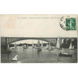 carte postale ancienne 44 NANTES. Régates Pont de la Jonnelière 1908