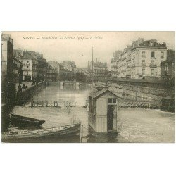 carte postale ancienne 44 NANTES. L'Ecluse Inondations de 1904