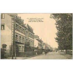 carte postale ancienne 44 PORNICHET. Hôtel des Etrangers Place du Marché