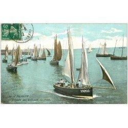 carte postale ancienne 44 SAINT-NAZAIRE. Départ des Bateaux de pêche 1912