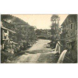 carte postale ancienne 38 ALLEVARD-LES-BAINS. Bréda et Pont de Pierre 1914