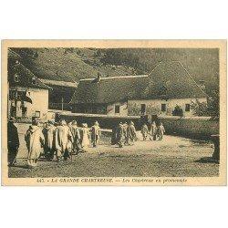 carte postale ancienne 38 CHARTREUSE. Chartreux en promenade
