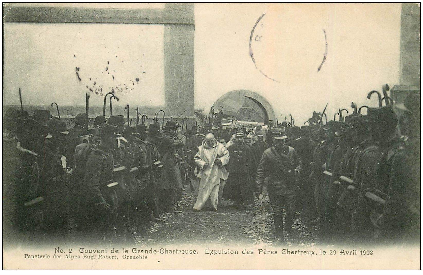 carte postale ancienne 38 CHARTREUSE. Expulsion Pères Chartreux 1906 n°2