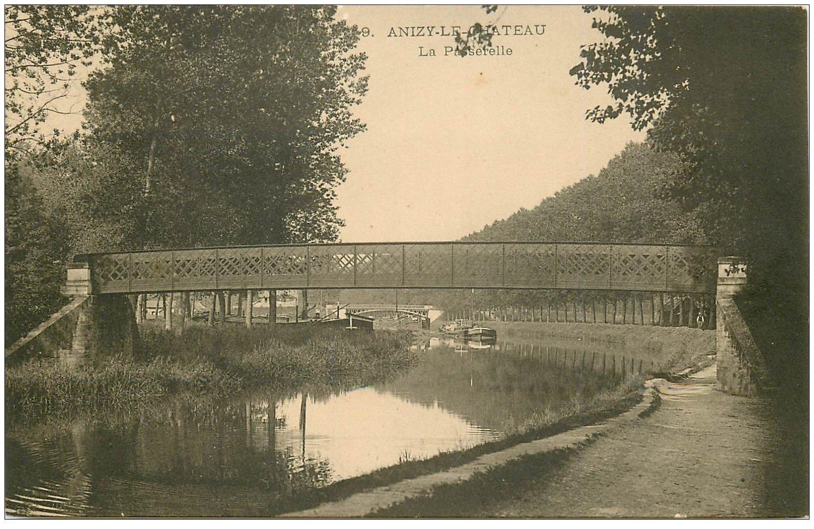 carte postale ancienne 02 ANIZY-LE-CHATEAU. La Passerelle. Carte pionnière vers 1900 vierge