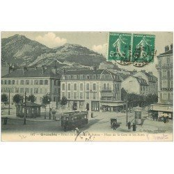 carte postale ancienne 38 GRENOBLE. Hôtel Bordeaux et Suisse Place de la Gare 1913