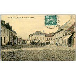 carte postale ancienne 02 ANIZY-LE-CHATEAU. Place d'Armes 1909. Hôtel Europe. Carte toilée