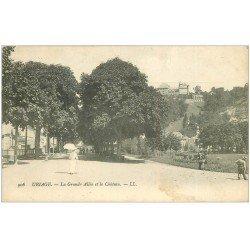 carte postale ancienne 38 URIAGE-LES-BAINS. Grande allée et Château 1906