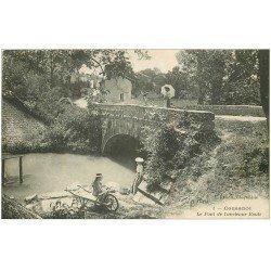 carte postale ancienne 39 COUSANCE. Pont ancienne Route Lavandières