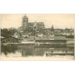 carte postale ancienne 39 DOLE. Canal et Cathédrale