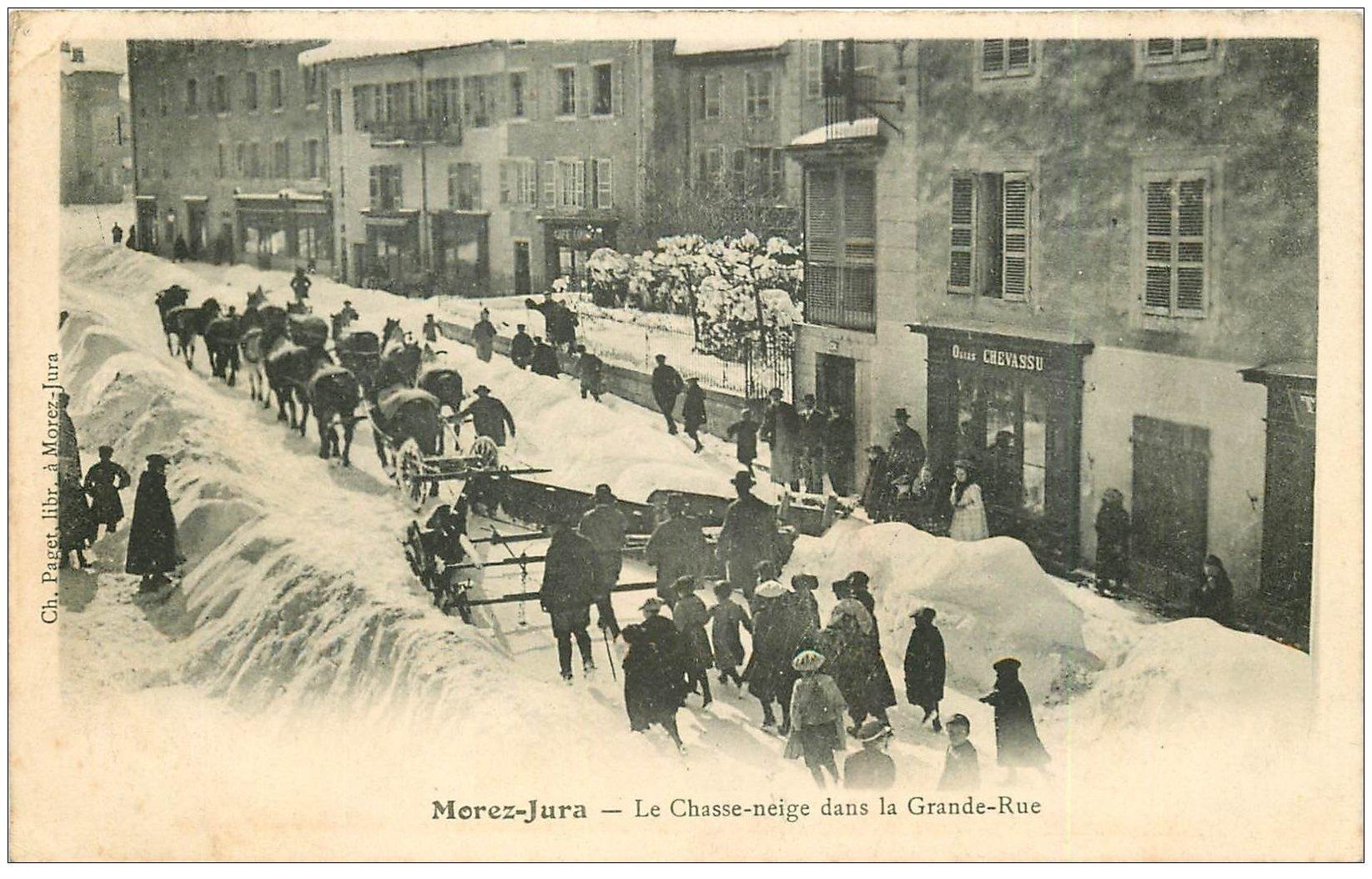 carte postale ancienne 39 MOREZ. Chasse-neige dans Grande-Rue 1904