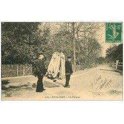 carte postale ancienne 73 AIX-LES-BAINS. Chaises à Porteurs 1912