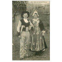 carte postale ancienne 56 AURAY. Mariés des environs