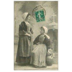 carte postale ancienne 56 BAUD. Causerie à la Fontazine 1911 Jeunes Filles