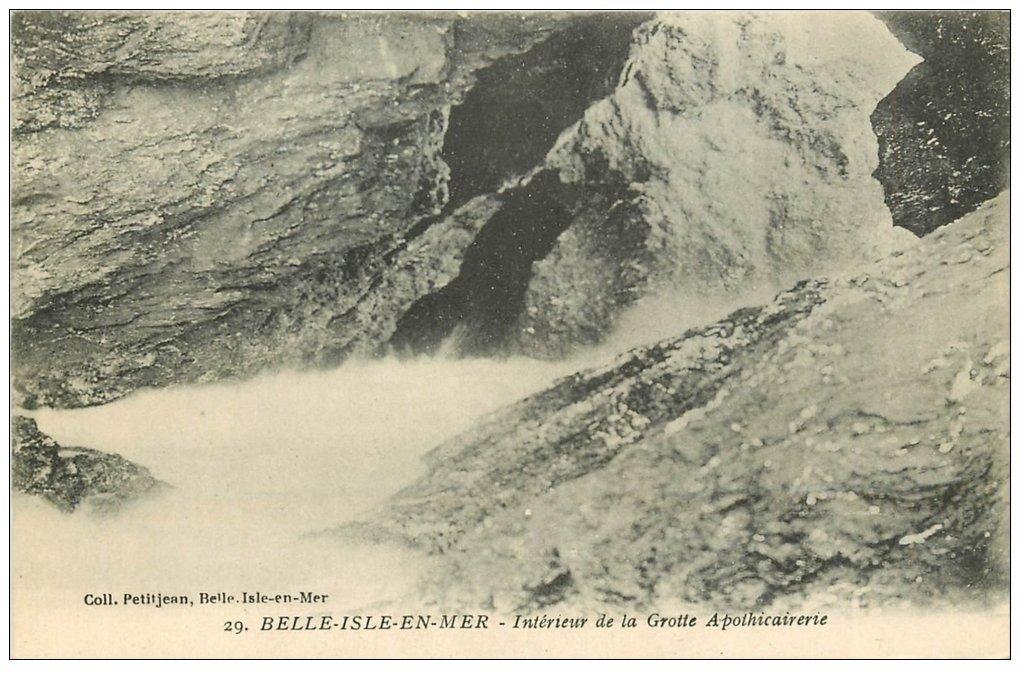 carte postale ancienne 56 BELLE-ILE-EN-MER. Grotte Apothicaire
