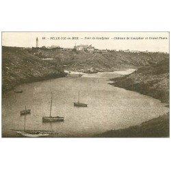 carte postale ancienne 56 BELLE-ILE-EN-MER. Port et Château de Goulphar. Le Grand Phare